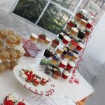 Cupcakes by Beverly Adams